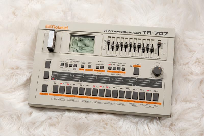 The Roland TR-707