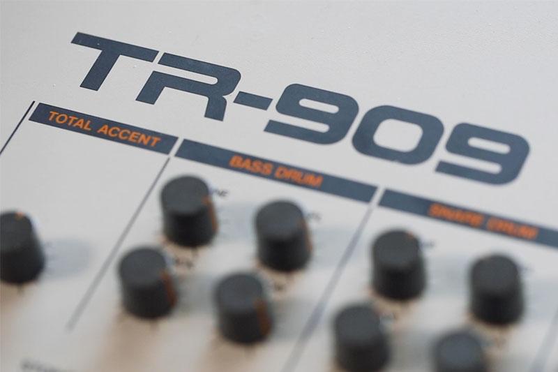 The Roland TR-909