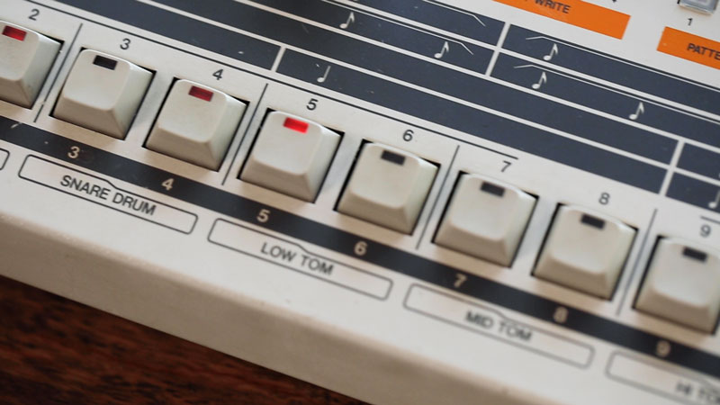 TR-909 sequencer controls