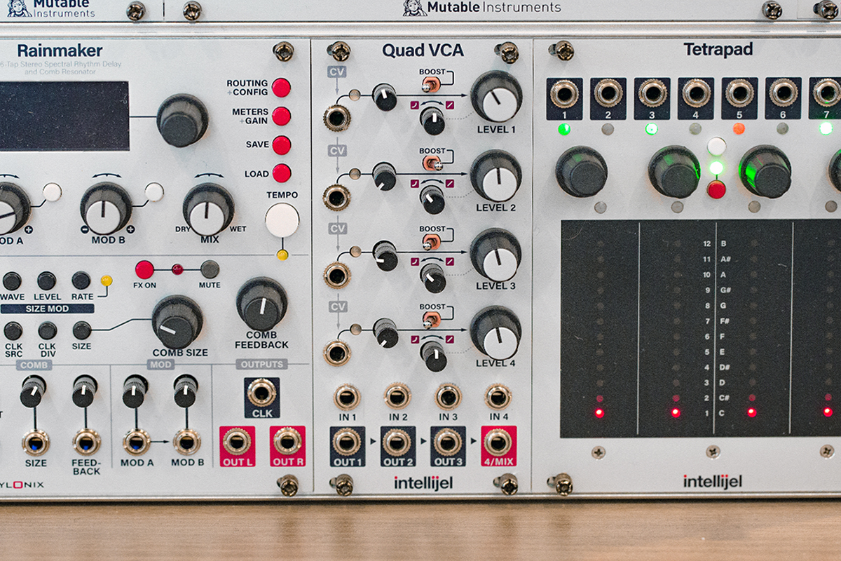 Intellijel's Quad VCA, a 4-channel VCA with all the niceties provided.